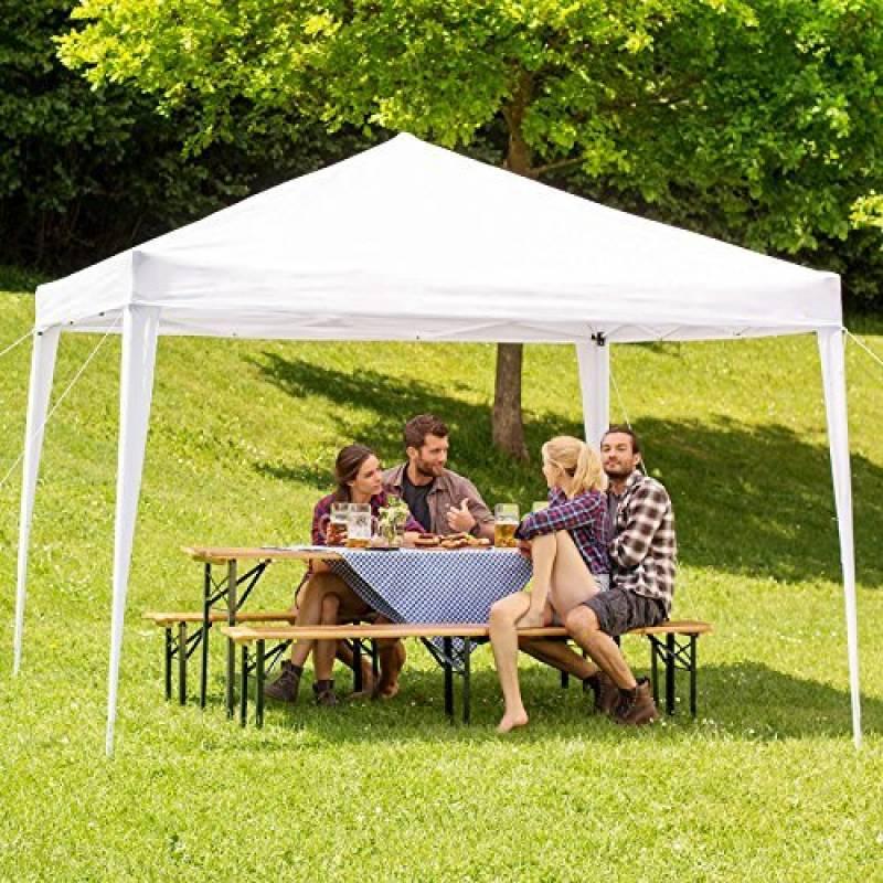 Tente barnum réputée pour sa simplicité et sa praticité ...
